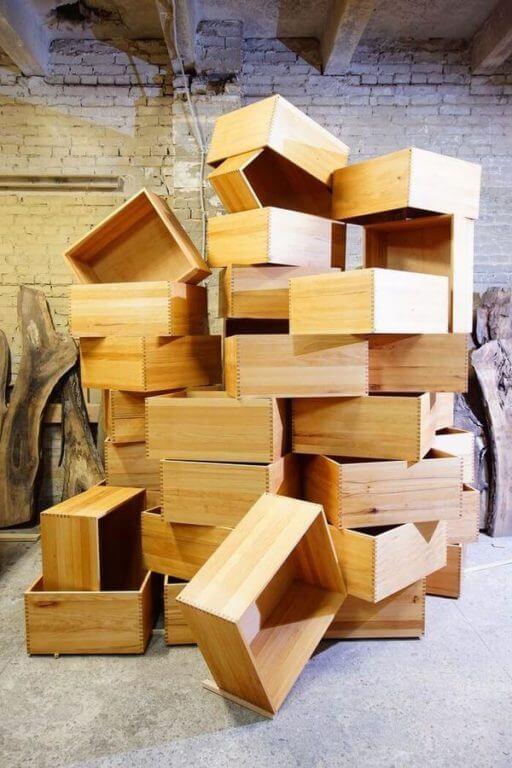 Изготовление мебели из массива в СПб